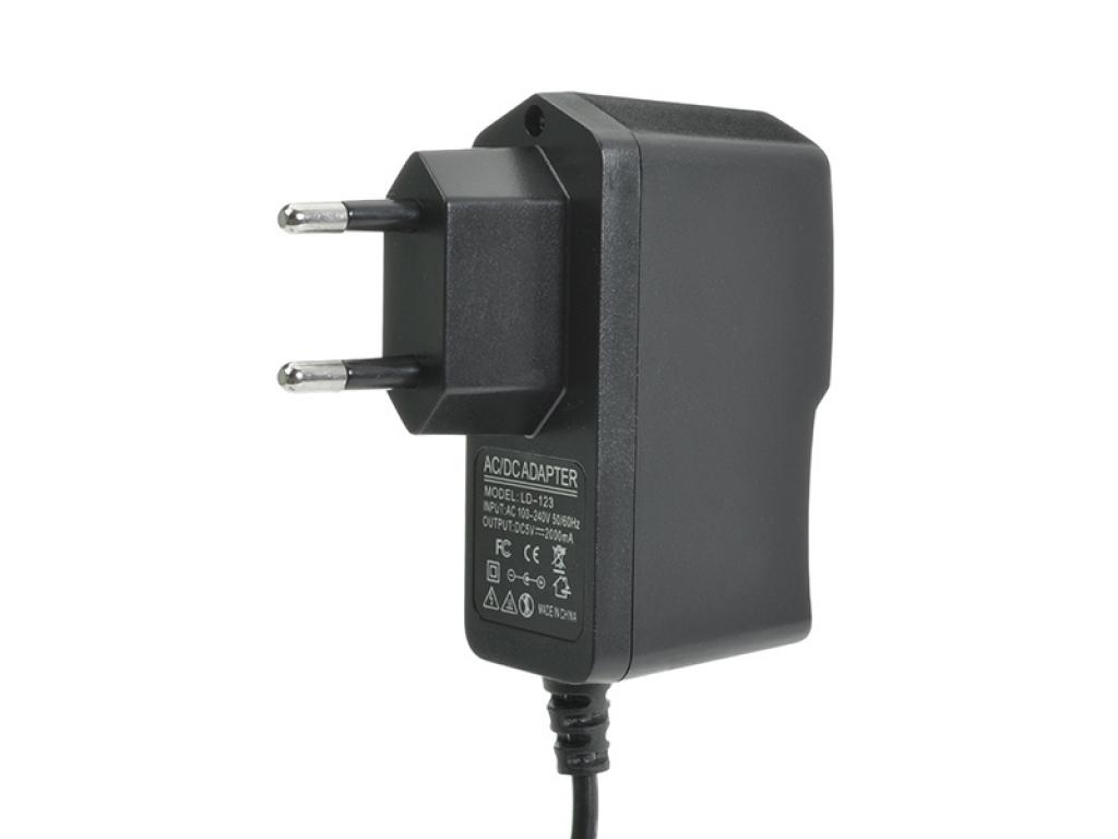 CARGADOR TABLET CONECTOR 2.5 MM 5V 2A 220V